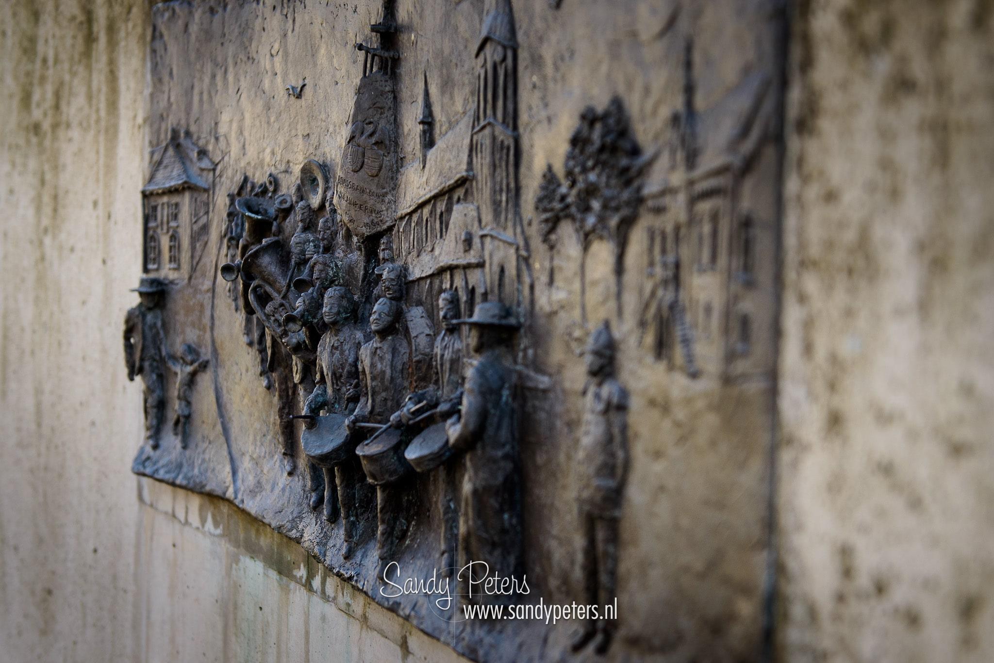 Monument voor muziekvereniging St. Hubertus 75 jaar.